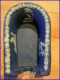 RARE Antique Early 19th Century Wedgwood Jasperware Cigar/Pipe Holder Sled NICE