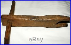 Rare 19th century early rope bed rope tightener, hickory, T handle. 14