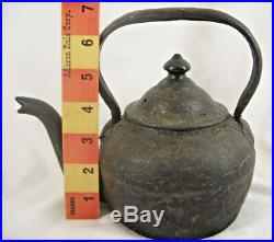 Rare Antique Early 1800s Small Pint Size Cast Iron Tea pot Kettle