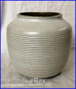 Rare Early Heath Ceramics Sea And Sand Combed Studio Vase C. 1948