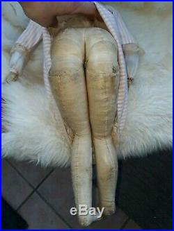 Rare Early closed mouth Pauline Lady doll- all original
