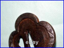 Rare! TSUBA for samurai KATANA, MOKKO, rare design, early Edo, iron/me066/