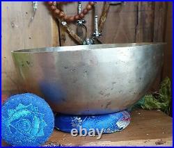 Singing Bowl Tibetan Antique early 20th century Superb Sound I Rare G Crown